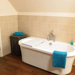Savanah® Slatted Shower Board