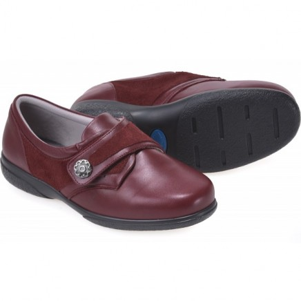 Darcy Extra Roomy Women's Shoe